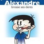 Alexandre brosse ses dents